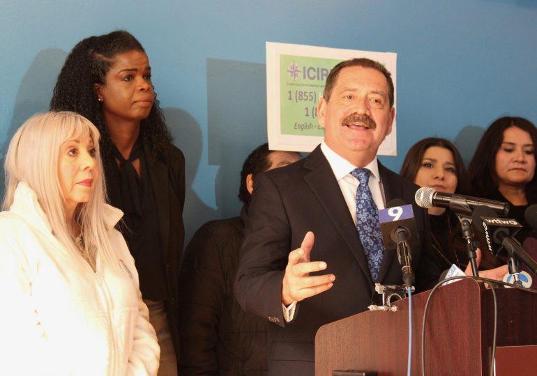Congresista Jesús García exige se investigue/Jesús García demands that immigrant women be investigated
