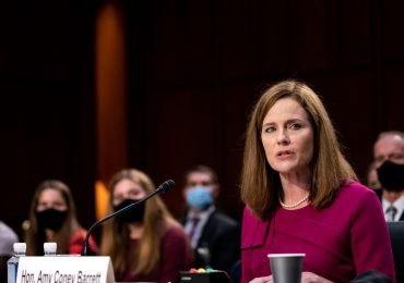 Amy Coney Barrett No Sirve para la Corte Suprema/Amy Coney Barrett Is Unfit To Serve On The Supreme Court