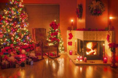 Reduzca el riesgo de incendio al decorar para las fiestas Navideñas/Reduce the risk of fire when decorating for the holidays