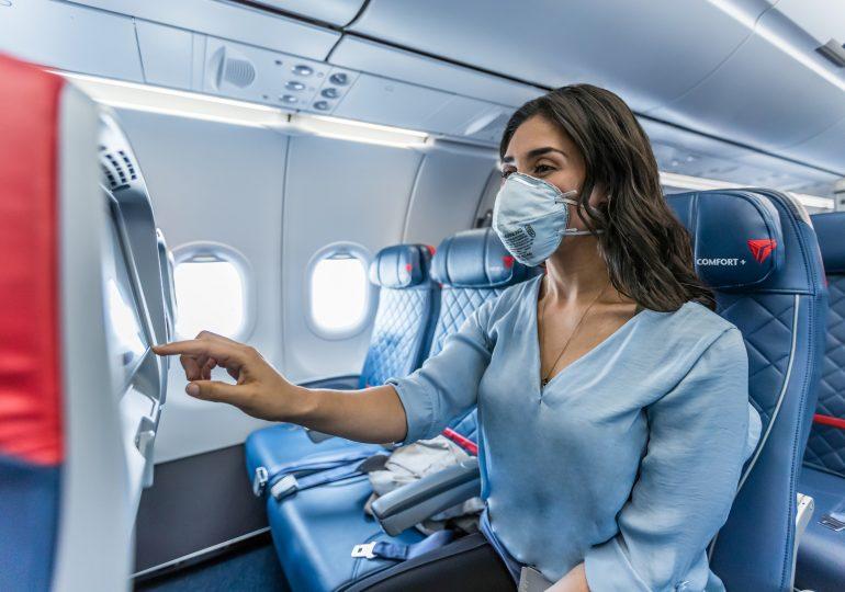 Delta bloquea asientos centrales y limita capacidad a bordo