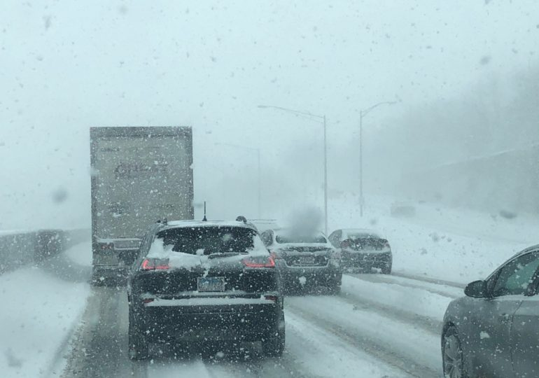Intensas Nevadas y frío intenso puede hacer peligroso manejar / Heavy snow, bitter cold to make travel hazardous