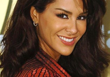 Acusan a Ninel Conde de abuso de Photoshop