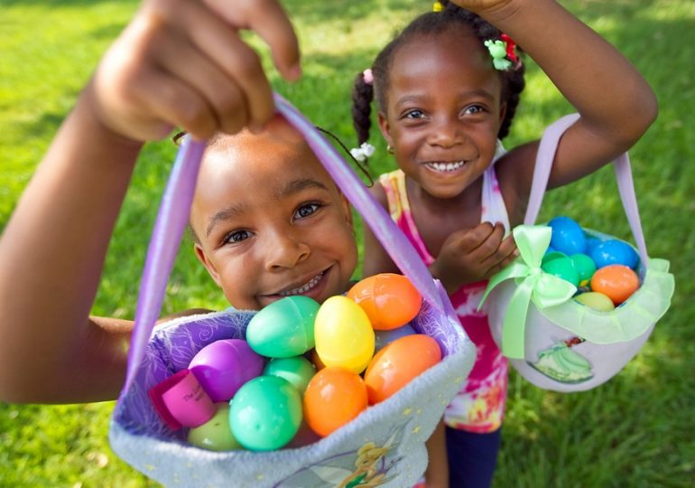 Distritos de Parques de Berwyn están organizando eventos para celebrar Easter/Berwyn Parks Districts are hosting events to celebrate Easter