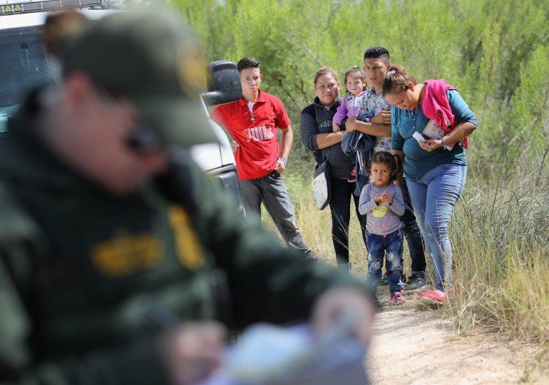 """""""Los desafíos en nuestra frontera sur claman por soluciones duraderas""""/""""The Challenges at our Southern Border Cry Out for Durable Solutions"""""""