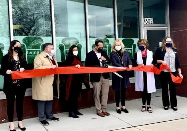 "NAMI METRO SUBURBAN CELEBRATES GRAND OPENING OF THEIR FIRST FULLY BILINGUAL ""LIVING ROOM"" TO PROVIDE HOLISTIC MENTAL HEALTH AND WELLNESS CARE"