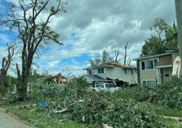 Tornado devastador en Woodridge y Naperville