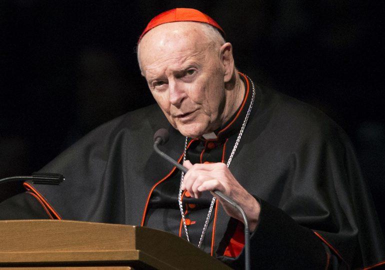 Cardenal Theodore McCarrick acusado de abusar sexualmente de un niño en Massachusetts/Cardinal Theodore McCarrick Criminally Charged with Sexually Molesting a Child in Massachusetts