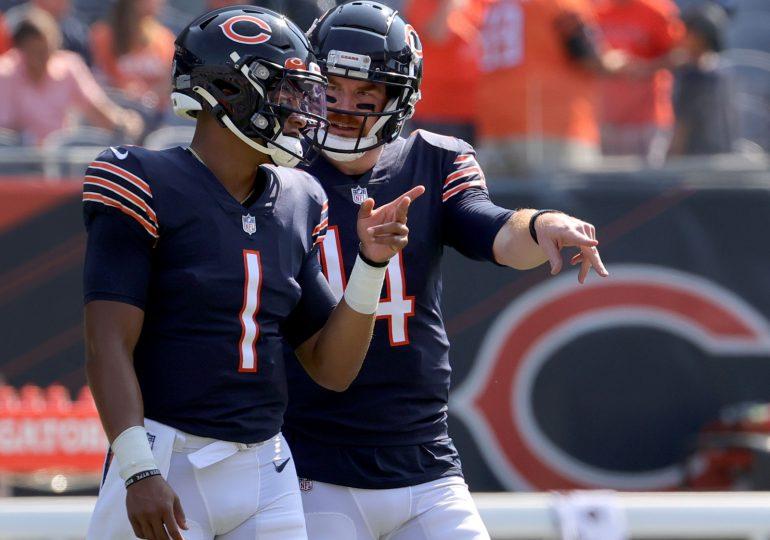 Los Chicago Bears intercambian al mariscal de campo Andy Dalton en 2 acuerdos/Chicago Bears trade quarterback Andy Dalton in these 2 deals